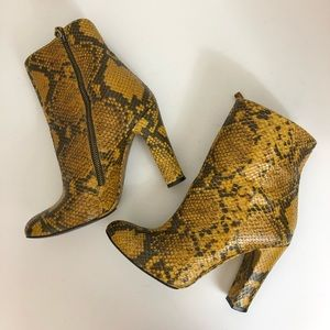 Zara Women Snake Embossed Leather Booties